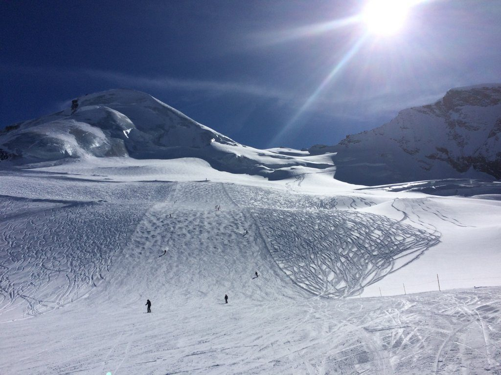 twin-centre luxury skiing