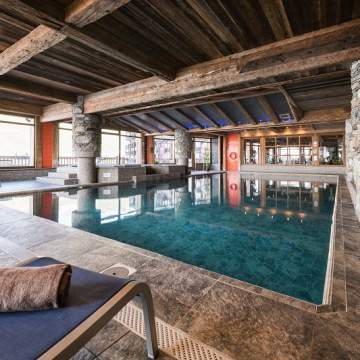 Indoor Pool - fou d'images