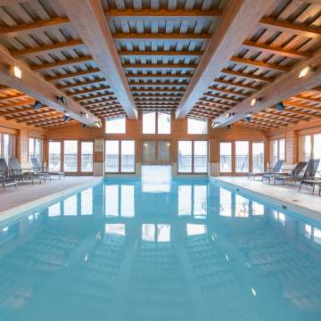 Prince des Cimes Indoor Pool